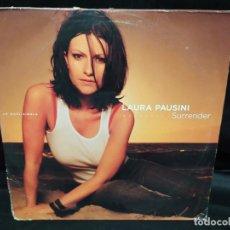 Discos de vinilo: LAURA PAUSINI - SURRENDER 2 LPS MAXI SINGLE CARATULA CON ALGUNA DOBLEZ Y ROCE VINILOS BIEN DIFICIL. Lote 205404496