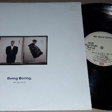 Discos de vinilo: MAXI SINGLE- PET SHOP BOYS - BEING BORING - PET SHOP BOYS - WE ALL FEEL BETTER IN THE DARK. Lote 205578601