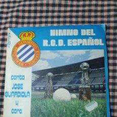 Discos de vinilo: HIMNO DEL F.C.D. ESPAÑOL, CANTA JOSÉ GUARDIOLA Y CORO PEÑA BLANQUIAZUL.. Lote 205592777