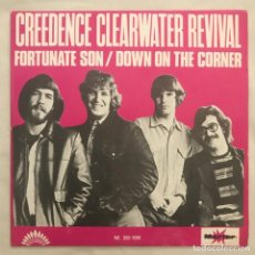 Discos de vinilo: CREEDENCE CLEARWATER REVIVAL – FORTUNATE SON / DOWN ON THE CORNER 1969. Lote 205600400
