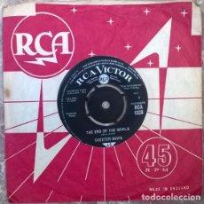 Discos de vinilo: SKEETER DAVIS. THE END OF THE WORLD/ SOMEBODY LOVES YOU. RCA-VICTOR, UK 1963 SINGLE. Lote 205602167