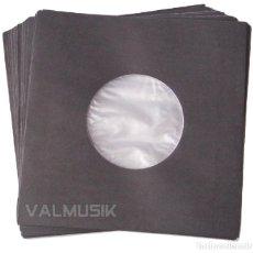 Discos de vinilo: 100 FUNDAS PAPEL NEGRO + ANTIESTÁTICO PARA DISCOS DE VINILO 7 SINGLE Y EP. Lote 205732622