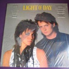 Discos de vinilo: LIGHT OF DAY LP EPIC 1987 PRECINTADO - BSO CINE - MICHAEL J FOX - JOAN JETT - SPRINGSTEEN - BON JOVI. Lote 205756196
