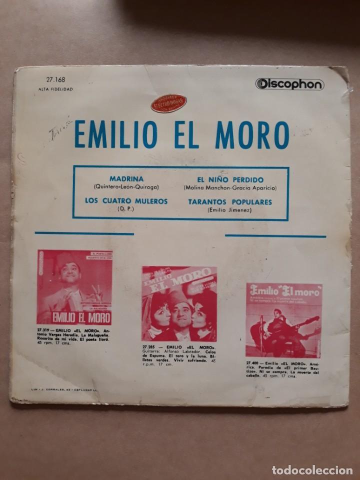 Discos de vinilo: DISCO SINGLE. EMILIO EL MORO. MADRINA. LOS CUATRO MULEROS. EL NIÑO PERDIDO. DAMELO EN UN BIDON. - Foto 3 - 205842390