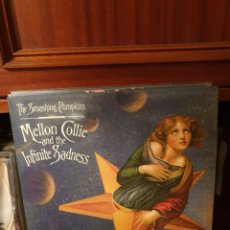 Discos de vinilo: THE SMASHING PUMPKINS / MELLON COLLIE AND ... / TRIPLE ALBUM / LIBRETO / NOT ON LABEL. Lote 262313355