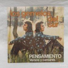 Discos de vinilo: LOS GEMELOS DEL SUR, SINGLE, PENSAMIENTO, 1975, BELTER. Lote 206195850