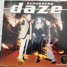 "Discos de vinilo: DAZE - SUPERHERO (12"") 1997.SELLO:EPIC CAT. Nº: EPC 664736 6. COMO NUEVO. Lote 206240457"
