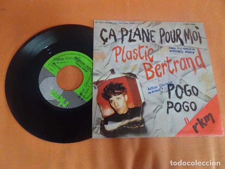Discos de vinilo: SINGLE , Plastic Bertrand – Pogo Pogo / Ça Plane Pour Moi , VER FOTOS - Foto 4 - 206245288