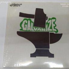 Discos de vinilo: MAXI SINGLE DISCO VINILO THE CHEMICAL BROTHERS GALVANIZE NUEVO SIN DESPRECINTAR. Lote 206253128