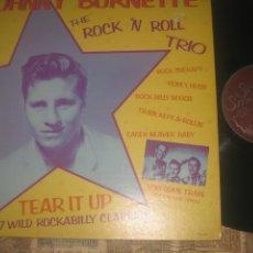 Discos de vinilo: JOHNNY BURNETTE THE ROCK 'N ROLL TRIO SOLID SMOKE 1978 DOBLE CARPETA ORIGINAL USA ROCKABILLY. Lote 206389376