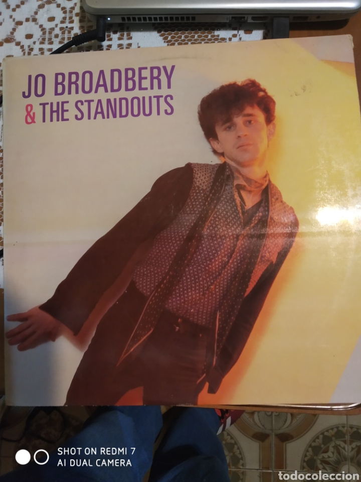 JO BROADBERY & THE STANDOUTS. 1981. (Música - Discos - LP Vinilo - Rock & Roll)