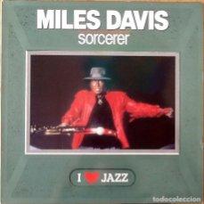 Discos de vinilo: MILES DAVIS : SORCERER [ESP 1986] LP/RE. Lote 206430850