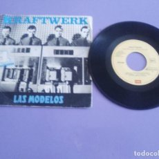 Discos de vinilo: MUY RARO SINGLE. SPAIN. KRAFTWERK - LAS MODELOS + 1 - AÑO 1981. SELLO EMI 10C 006 064509.. Lote 206465392