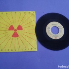 Discos de vinilo: SINGLE DIFICIL ELECTRONICA.KRAFTWERK.RADIOACTIVITY(FRANCOIS KEVORKIAN/WILLIAM ORBIT).EMI EM 201 UK91. Lote 206468617