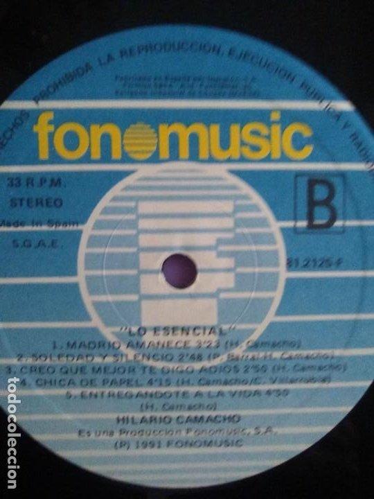 Discos de vinilo: JOYA DOBLE LP ORIGINAL RECOPILACION - Hilario Camacho - Lo esencial - 81.2125 Fonomusic AÑO 1991 - Foto 26 - 206479971