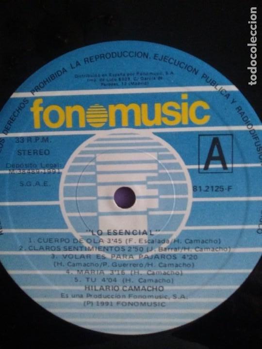 Discos de vinilo: JOYA DOBLE LP ORIGINAL RECOPILACION - Hilario Camacho - Lo esencial - 81.2125 Fonomusic AÑO 1991 - Foto 28 - 206479971