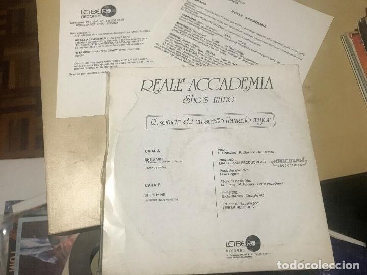 Discos de vinilo: REALE ACCADEMIA - SHES MINE - SINGLE PROMOCIONAL + INSERTS - ITALO DISCO - Foto 4 - 206930043