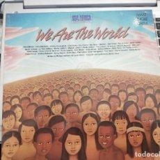 """Discos de vinilo: USA FOR AFRICA - WE ARE THE WORLD (12"""", MAXI) 1985SELLO:CBS A 12.6112. COMO NUEVO. Lote 207011960"""