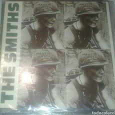 Discos de vinilo: THE SMITHS: MEATIS MURDER: EDICIÓN DE 1985. Lote 207077803