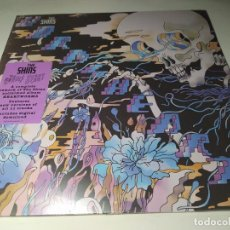 Discos de vinilo: LP - THE SHINS ‎– THE WORMS HEART - 88985 49469 1 ( ¡¡ NUEVO!! ). Lote 207134311