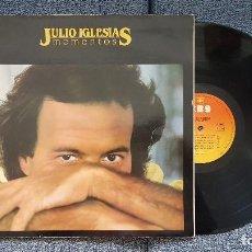 Discos de vinilo: JULIO IGLESIAS - MOMENTOS. CARÁATULA DOBLE CON LETRAS DE CANCIONES. EDITADO POR CBS. AÑO 1.982. Lote 207140171