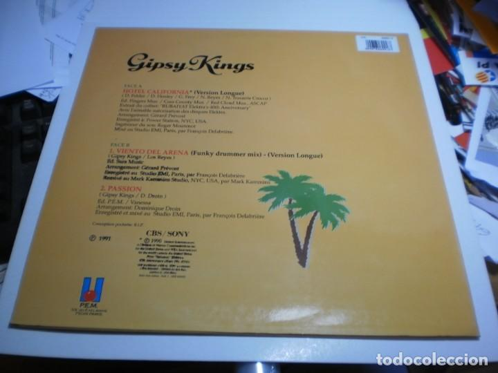 Discos de vinilo: maxi single gipsy kings. hotel california. cbs sony 1991 spain (probado, bien, seminuevo) - Foto 2 - 207215572