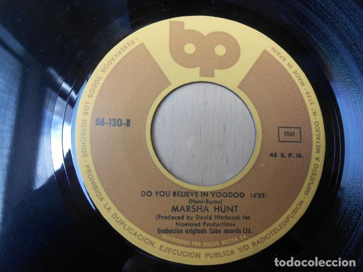 Discos de vinilo: MARSHA HUNT, SG, C´EST LA VIE + 1, AÑO 1976 - Foto 4 - 207314738