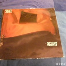 Dischi in vinile: LP BILLY JOEL STORM FRONT 1989 LEVES SEÑALES DE USO CONTIENE WE DIDN´T START THE FIRE. Lote 207358061