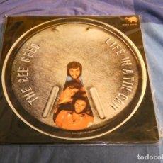 Discos de vinilo: BEE GEES LIFE IN A TIN CAN ESPAÑA 1972 RARO BUEN ESTADO. Lote 207364396