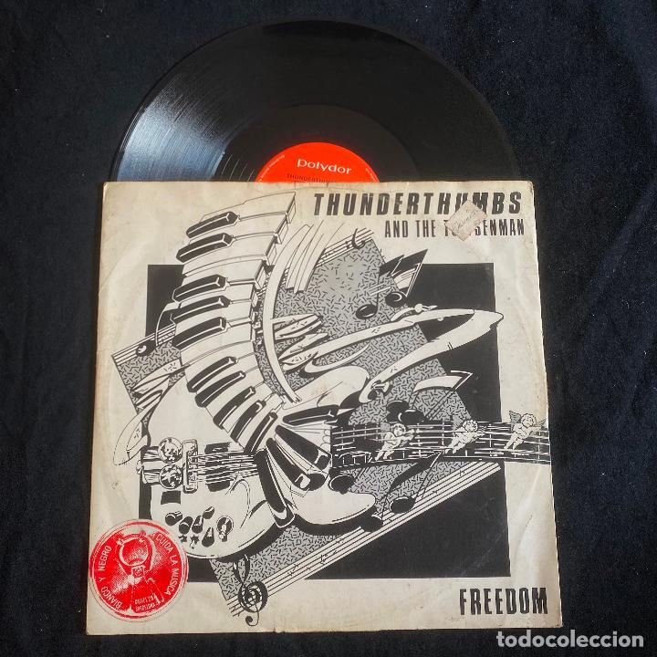 MAXI DISCO 12'' VINILO THUNDERTHUMBS AND THE TOETSENMAN - FREEDOM EDICIÓN INGLESA DE 1982 (Música - Discos de Vinilo - Maxi Singles - Jazz, Jazz-Rock, Blues y R&B)