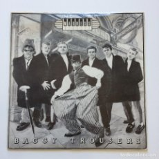 Discos de vinilo: MADNESS – BAGGY TROUSERS / THE BUSINESS UK 1980 STIFF RECORDS. Lote 207811250