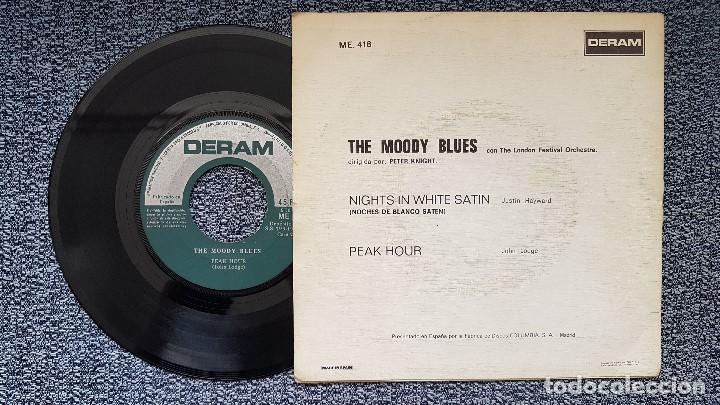 Discos de vinilo: The Moody Blues - Nights in white satin / Peak hour. editado por Columbia. año 1.967 - Foto 2 - 207859472