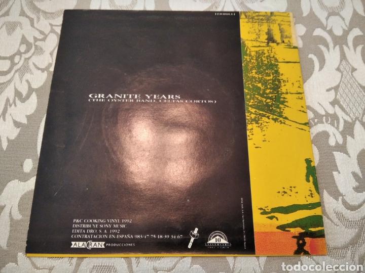Discos de vinilo: Single Celtas Cortos Oyster Band Granite Years - Foto 2 - 207882978