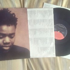 Dischi in vinile: TRACY CHAPMAN LP SAME 1988 ED ESPAÑOLA CON 2 ENCARTES FOLK VG. Lote 208163531