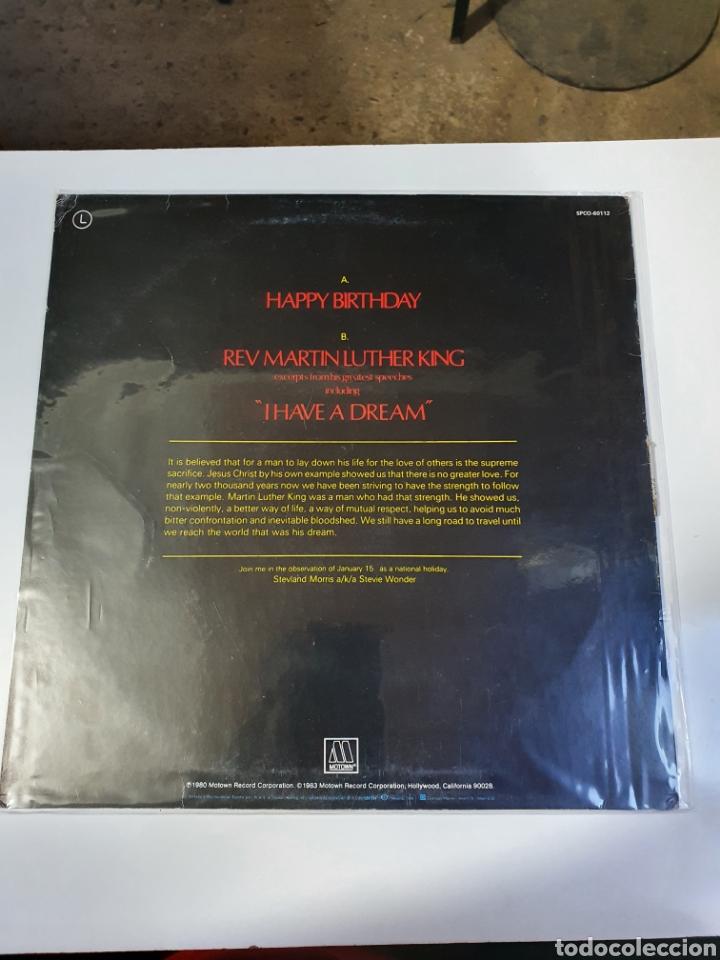 Discos de vinilo: Stevie Wonder / Rev. Martin Luther King - Happy Birthday, promo Motown, 1984, españa. - Foto 2 - 208414597