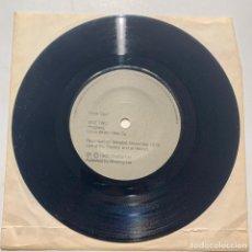 Discos de vinilo: SINGLE EP ORCHESTRAL MANOEUVRES IN THE DARK – INTRODUCING RADIOS / DISTANCE FADES BETWEEN US 1980. Lote 208442791
