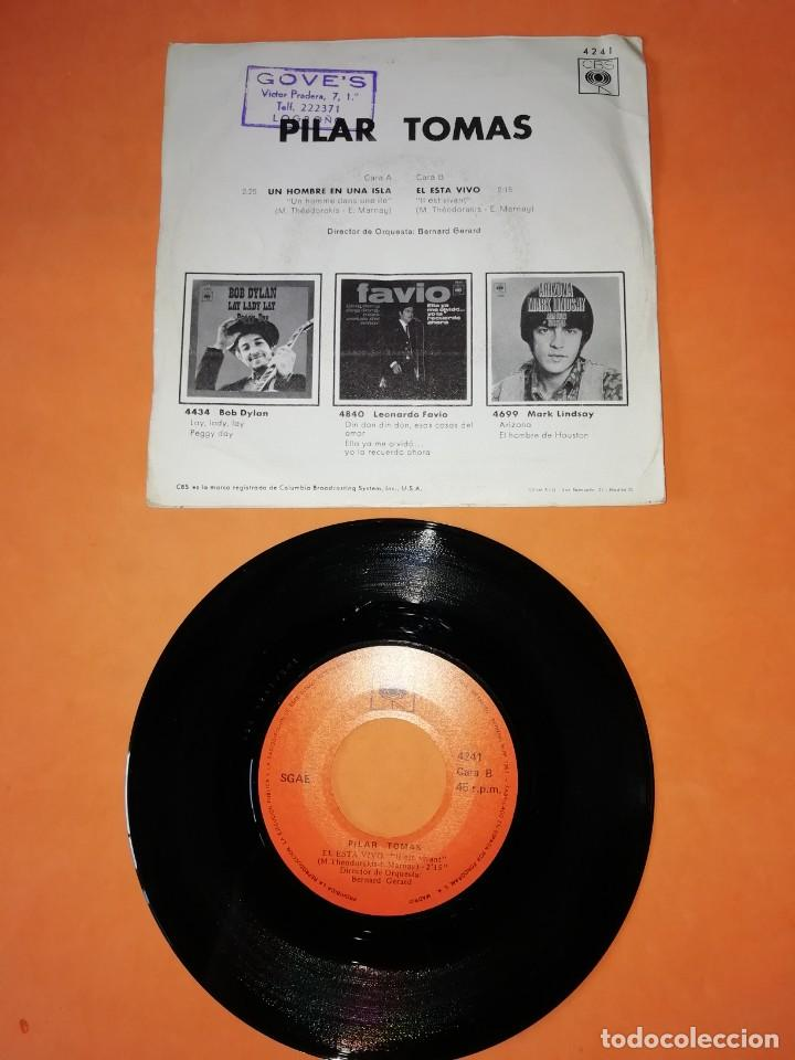 Discos de vinilo: PILAR TOMAS. UN HOMBRE EN UNA ISLA. ESTA VIVO. TEMAS DE LA PELICULA Z. CBS 1970 - Foto 2 - 208575061