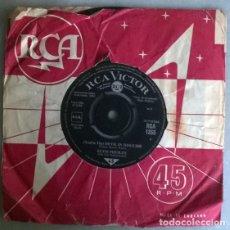 Dischi in vinile: ELVIS PRESLEY. DEVIL IN DISGUISE/ PLEASE DON'T DRAG THAT STRING AROUND. RCA, UK 1963 SINGLE. Lote 208593765