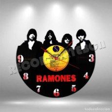 Discos de vinilo: RELOJ DE DISCO LP DE RAMONES. Lote 253563010