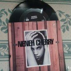 Discos de vinilo: SINGLE ( VINILO) DE NENEH CHERRY AÑOS 80. Lote 208883511