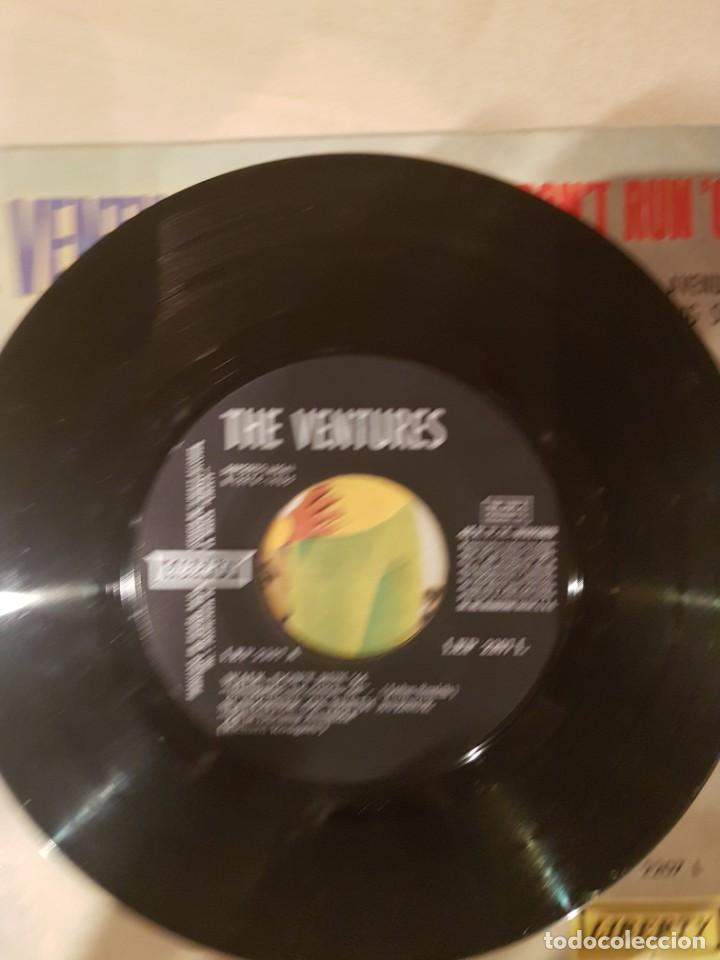 Discos de vinilo: THE VENTURES 1965 EP Walk, Dont Run 64 - Foto 3 - 209044196