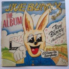 Discos de vinilo: JIVE BUNNY AND THE MASTERMIXES - THE ALBUM. Lote 209085575
