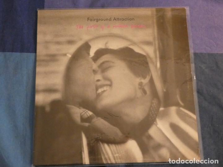 LP FAIRGROUND ATTRACTION THE FIRST OF A MILLION KISSES MUY BUEN ESTADO 1990 (Música - Discos - LP Vinilo - Pop - Rock Internacional de los 50 y 60)