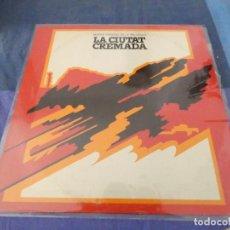 Discos de vinilo: LP BSO DE LA PELI DE ANTONI RIBAS LA CIUDAD CREMADA 1976 BUEN ESTADO. Lote 209588176