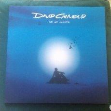 Discos de vinilo: DAVID GILMOUR LP ON AN ISLAND 2006 CON POSTER NUEVO DESPRECINTADO PINK FLOYD RARO. Lote 209607740
