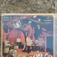 Discos de vinilo: LOS BRAVOS. BRING A LITTLE LOVIN - SINGLE VINILO PERFECTO ESTADO -. Lote 209848972