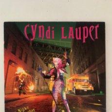 Discos de vinilo: CYNDI LAUPER- A NIGHT TO REMEMBER. Lote 209923118