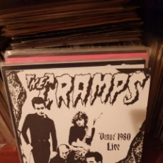 Discos de vinilo: THE CRAMPS / VENUE .... / NOT ON LABEL. Lote 210117170