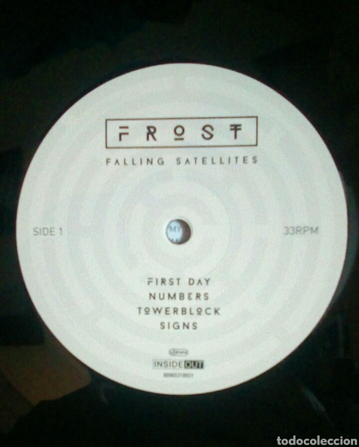 Discos de vinilo: Frost – Falling Satellites, Inside Out Music, 2 × Vinyl, LP, Album, 180 g + CD, 2016. Germany. - Foto 7 - 210113458
