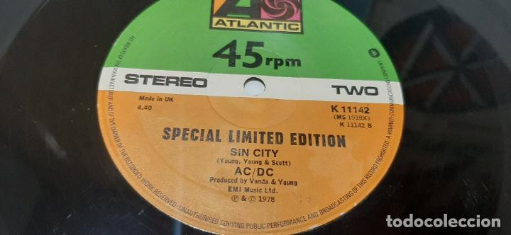 "Discos de vinilo: AC/DC ROCK N ROLL DAMNATION- (1978) MAXI-SINGLE 12"" - Foto 8 - 210227525"